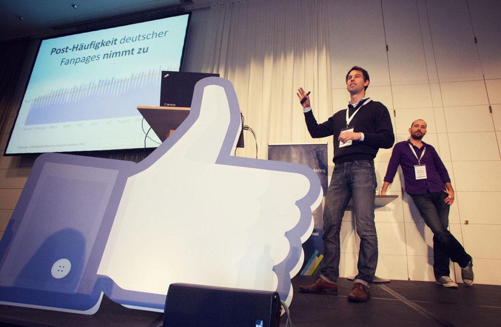 Ehrlos oder tot? Eine schonungslose Analyse des Facebook-Marketings und welche Strategien uns 2015 noch weiterbringen. #AFBMC
