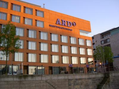 ARD ZDF Onlinestudie 2009 im Bezug auf Social Networks