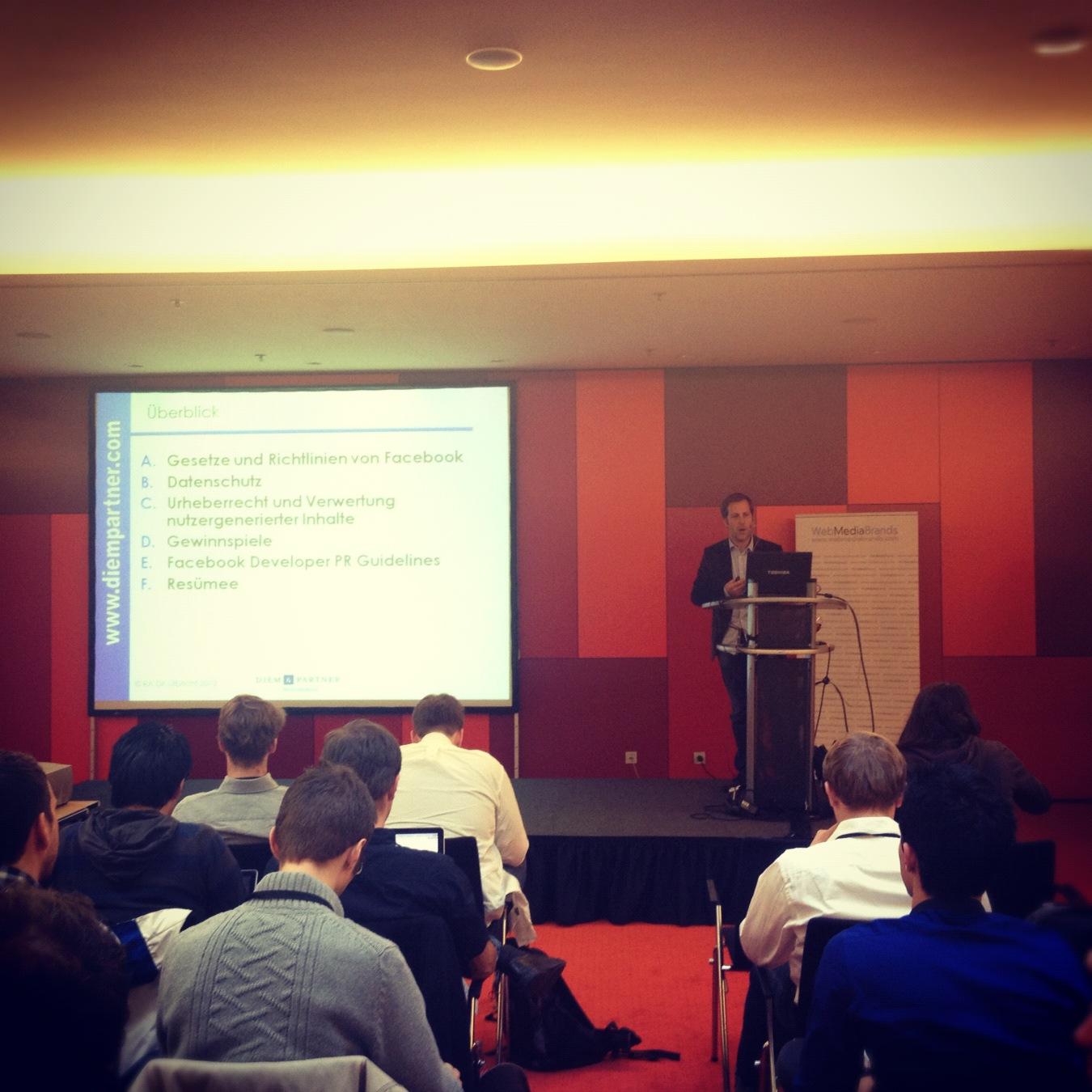 Urheber- und datenschutzrechtliche Rahmenbedingungen beim Einsatz der Facebook API @ AllFacebook Developer Conference